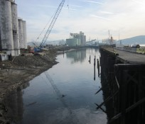 Port of Longview, Washington, water, cranes, and silos